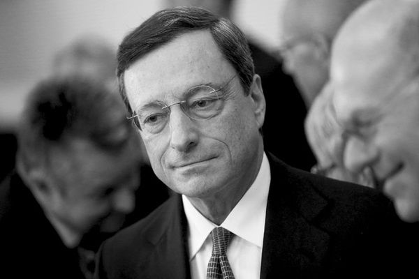 Draghi Leaves Door Open For Rate Cut - draghi