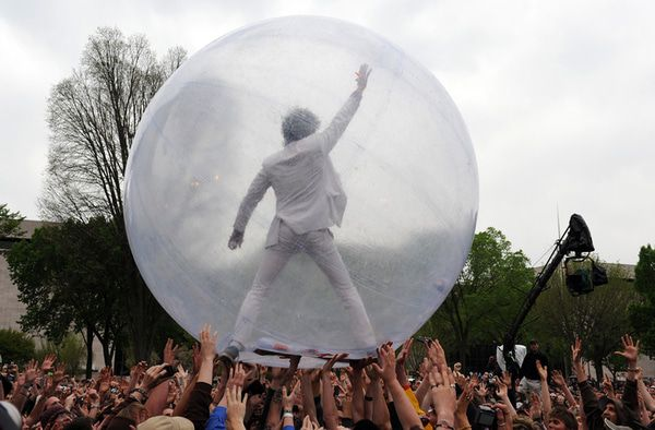 Bubble, Overbought: SP500 Levels, Refreshed - bubble pic