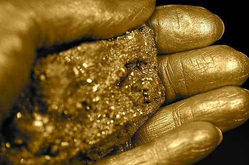 Poll of the Day Recap: 63% Say Gold Is King (For Now) - 75684c71b3faa8e2037bab86bace3f78.500x333x1