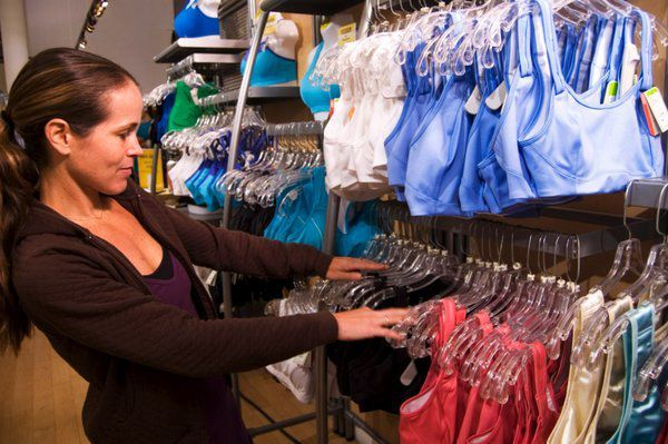 Running Specialty Stores Look to Apparel to Fuel Growth - jackrabbit