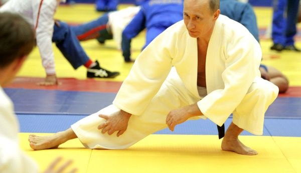 Hedgeye on Fortune: Why Vladimir Putin Is More Chuck Norris 'Judo Master' Than Chess Player - 123