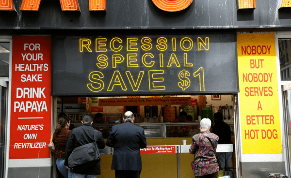McCullough: Why U.S. Recession Is Closer Than You Think  - zzz recession