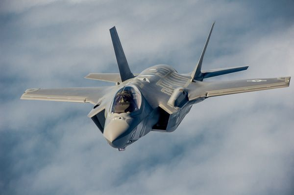 Stock Report: Lockheed Martin (LMT) - z f35